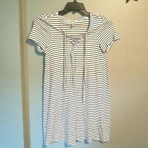 Billabong Black and White Stripes t-shirt Dress M